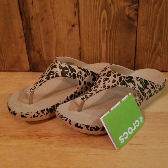 3e146c0fe CROCS Sloane Sandal in Leopard Print